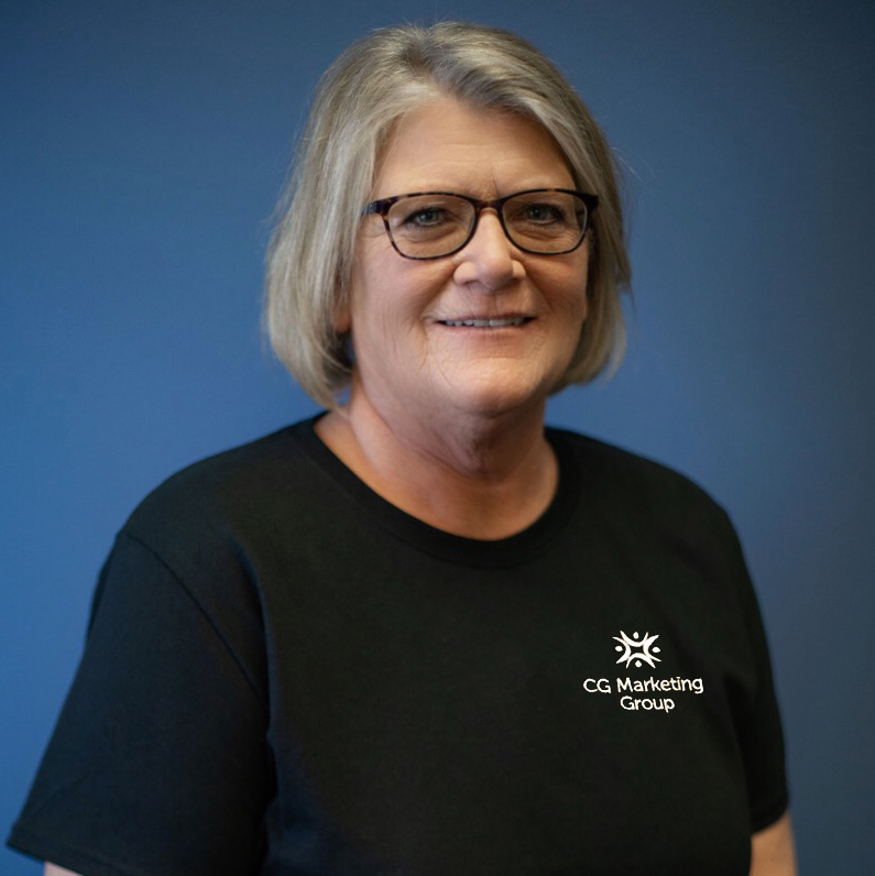 Headshot of Employee - Laura